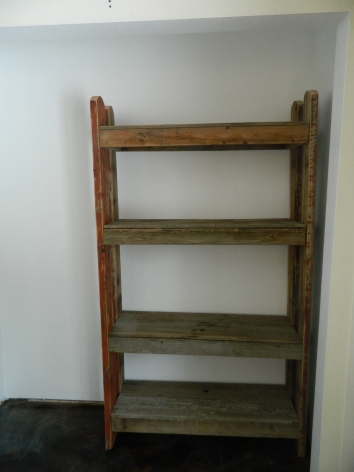 Stand up Shelf