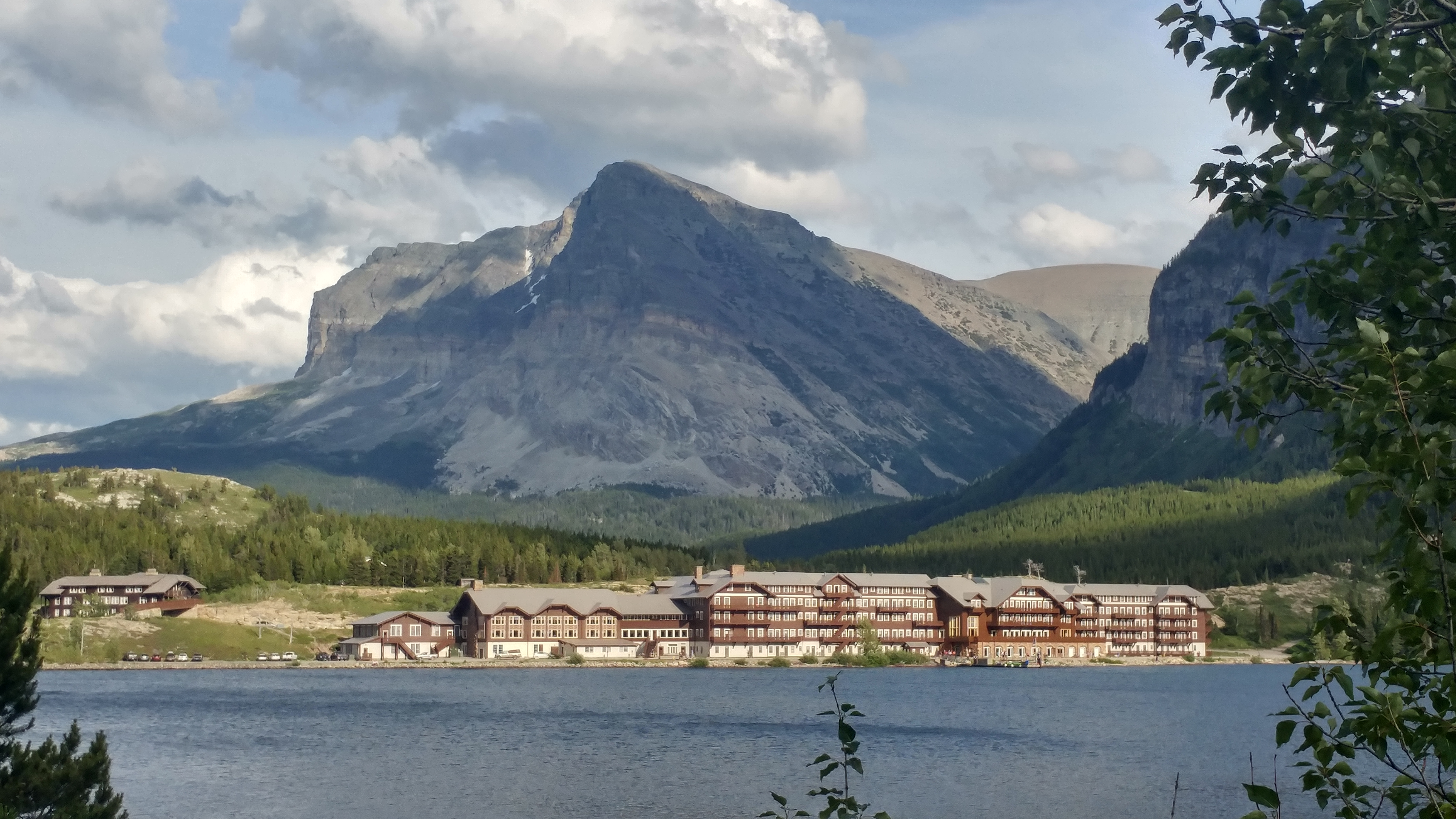 Need to Disconnect? The Many Glacier Hotel and the Rest of the Story …